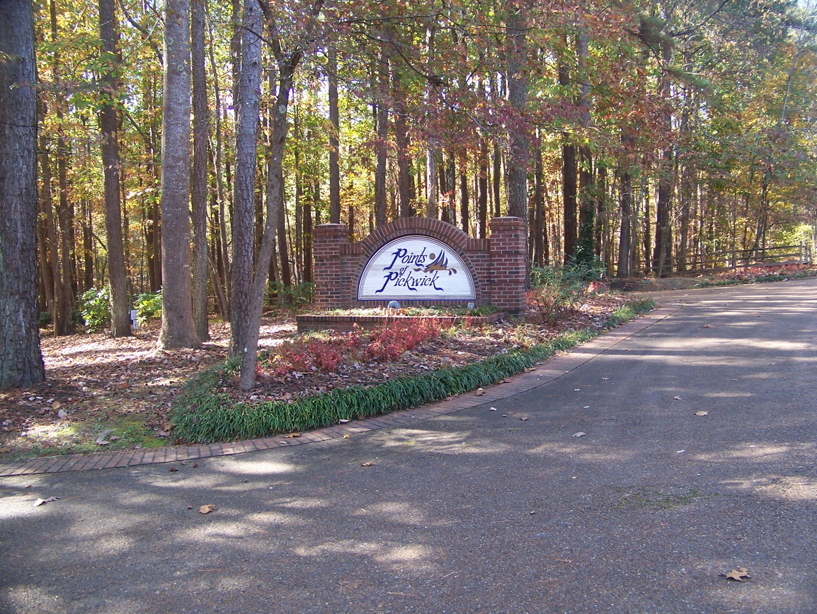 POINTS OF PICKWICK COVE LOT NEAR TN RIVER & PICKWICK LAKE