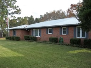 COZY 3 BED 2 BATH HOME IN A QUITE AREA IN SCREVEN COUNTY