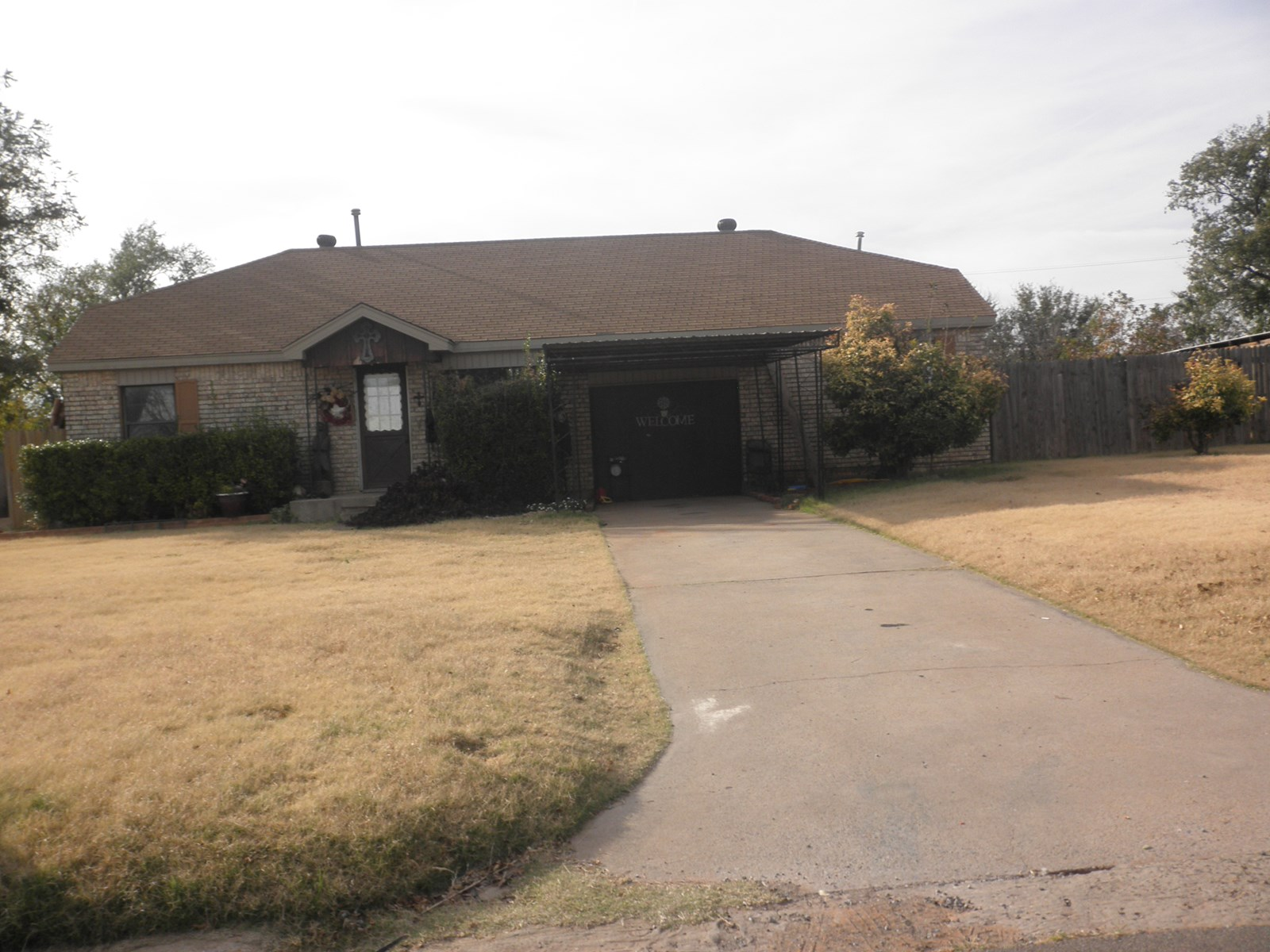 WESTERN OKLAHOMA FOUR BEDROOM HOUSE FOR SALE