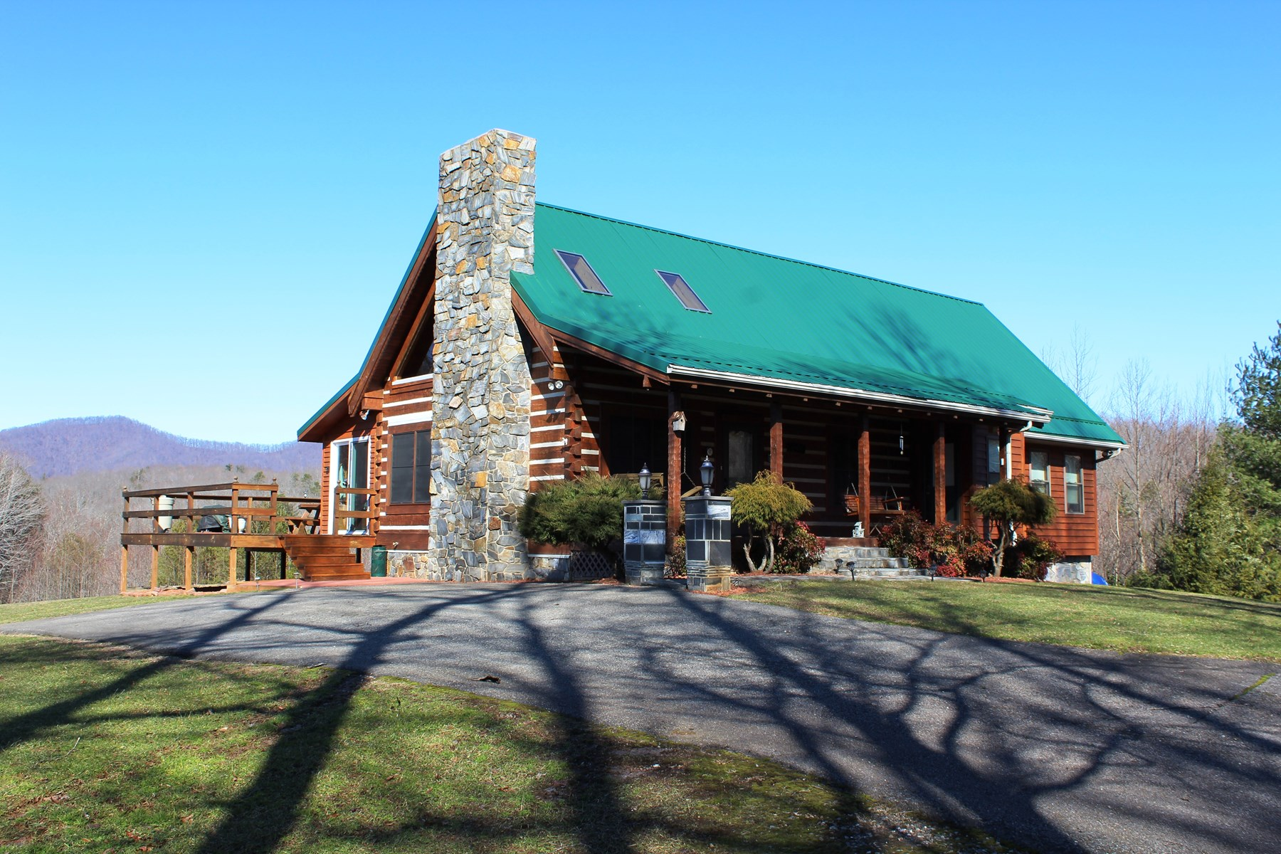 LOG HOME -51.5 ACRES -PRIVATE -LOCATED IN PATRICK COUNTY, VA