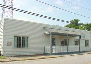 GREAT COMMERCIAL PROPERTY DOWNTOWN MANTEO