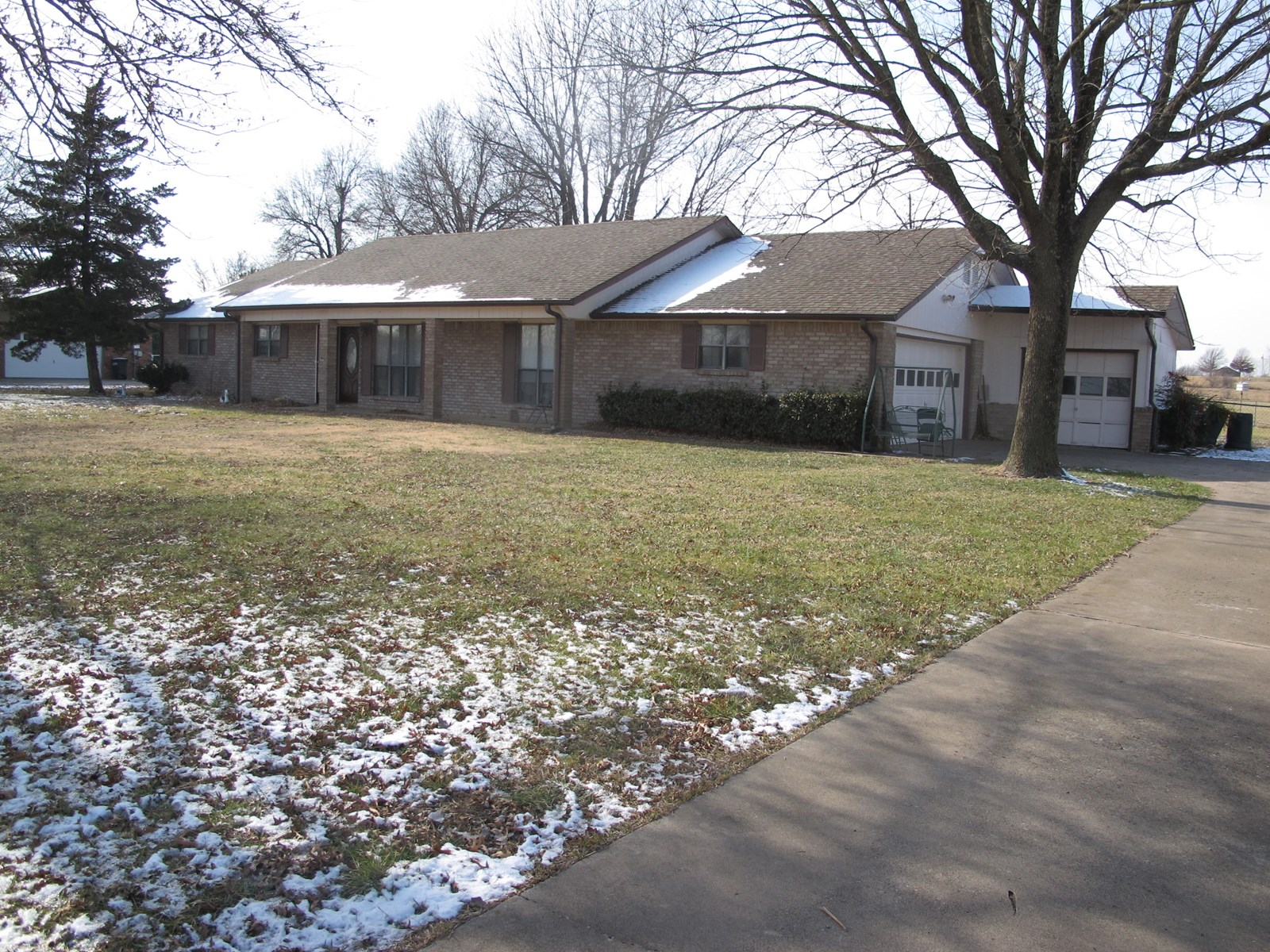 Home with 7+/- acres in Northeast Oklahoma