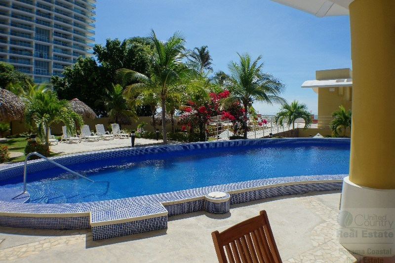 Ocean front apartment in Playa Serena Gorgona in PANAMA