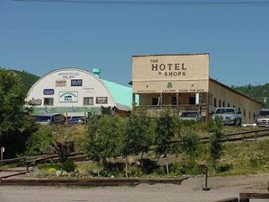 CHAMA NM HOTEL / RETAIL INCOME PRODUCING LOCATION FOR SALE