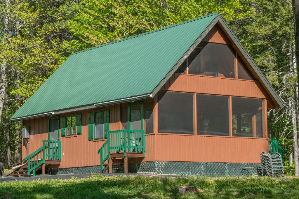 Maine Cabin for Sale in Avon
