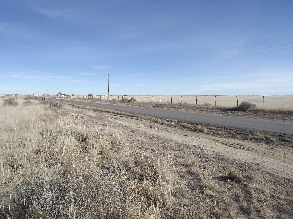 Estancia NM Residential Lot For Sale 1.25 Ac Power & Water