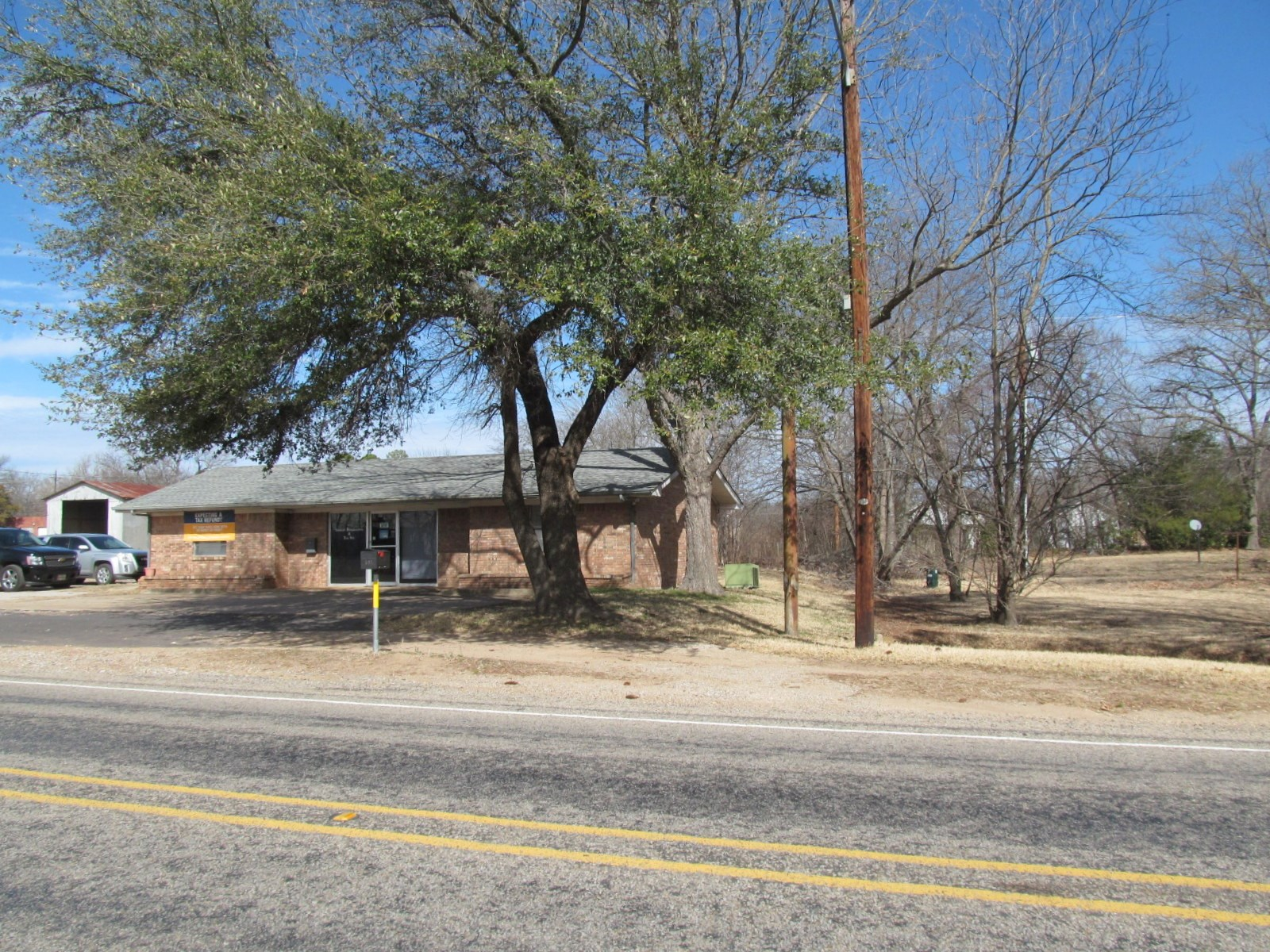 4 COMMERCIAL BUILDINGS FOR SALE - EAST TEXAS - WOOD COUNTY