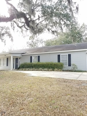 BUSINESS/RESIDENTIAL BUILDING FOR SALE IN N. FL
