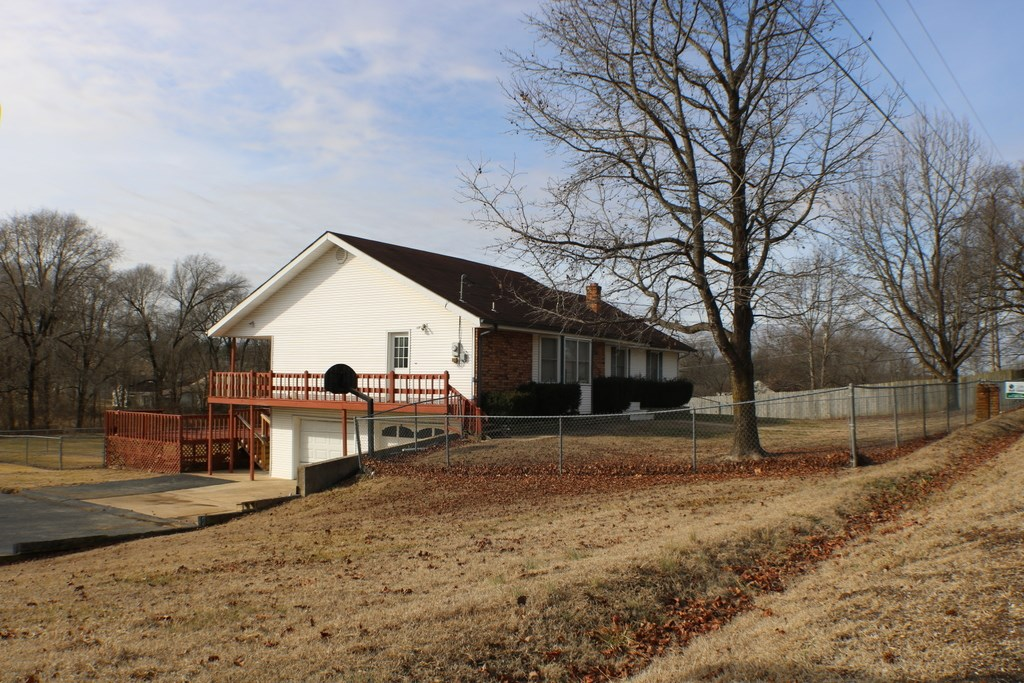 Large home on small acreage for sale in Ava, Mo