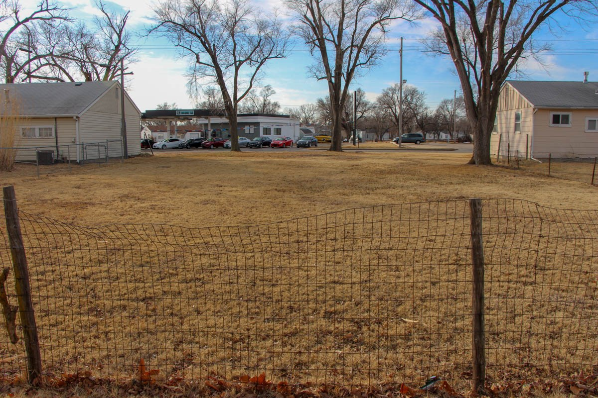 Salina, KS Rental Property Auction - Crawford Lot For Sale