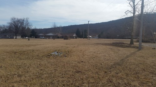 :  Highly visible commercial lot on HWY 21