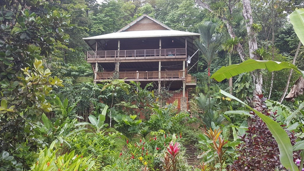 Caribbean style home with extra casita Bocas del Toro Panama
