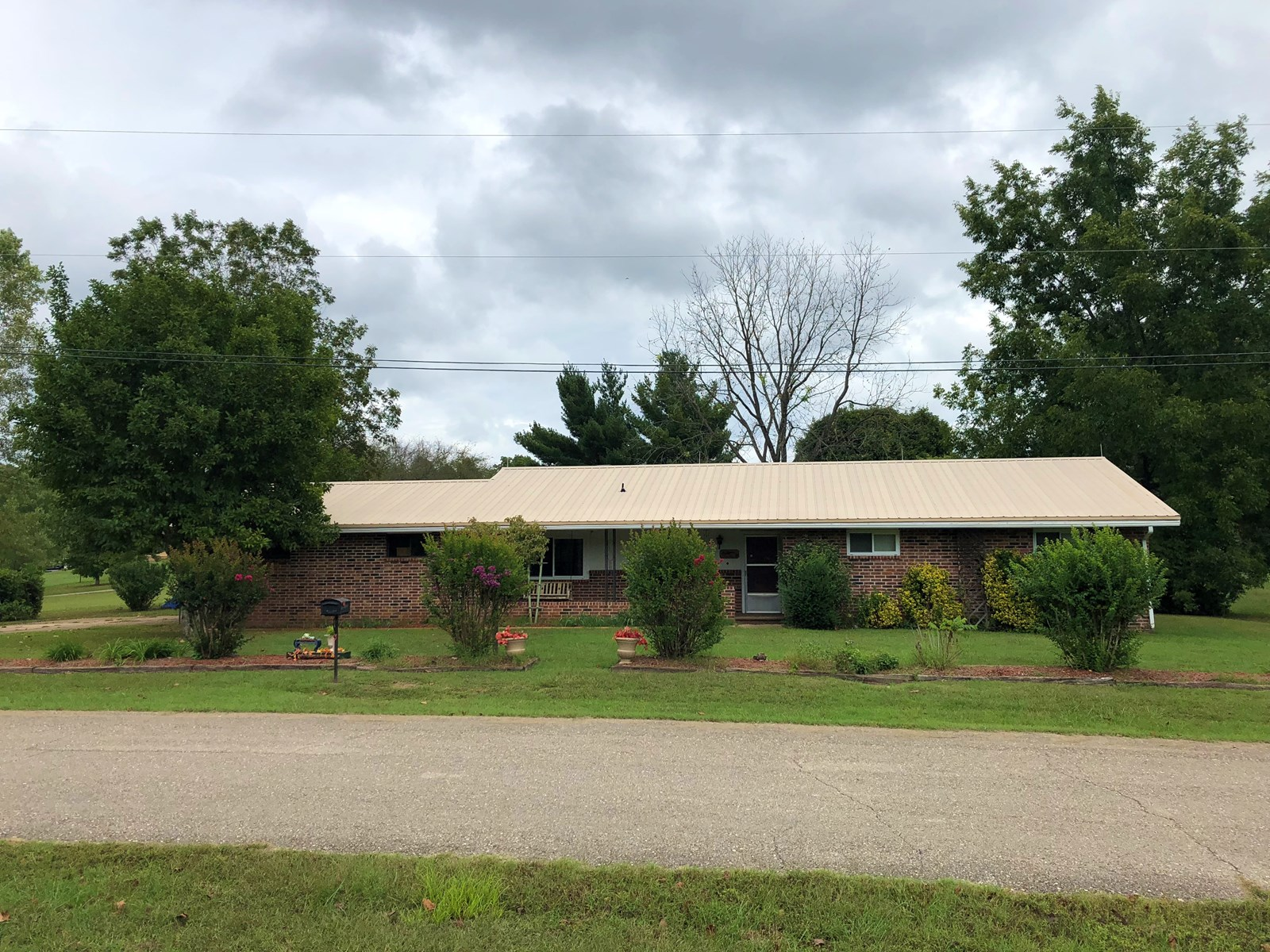 BRICK HOME IN YELLVILLE ARKANSAS FOR SALE