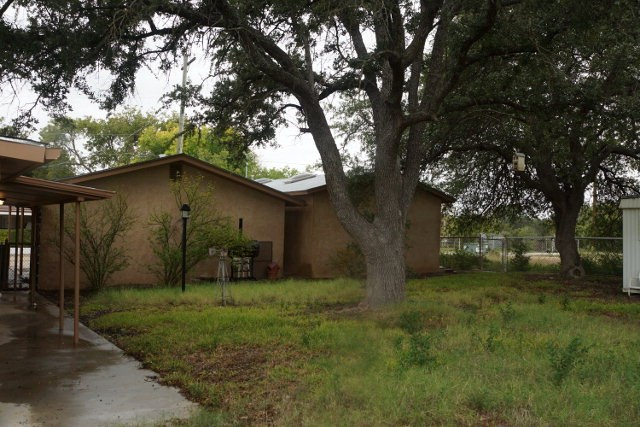Large Stucco Home with Apartment in Ozona, Tx