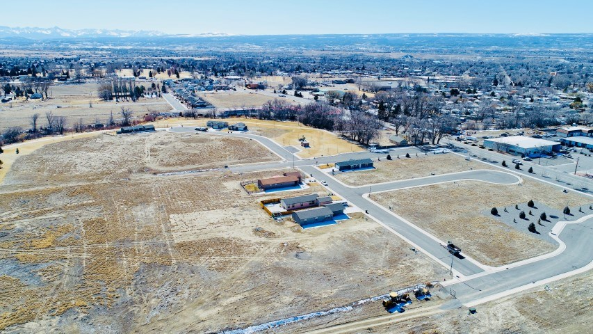 Newer Subdivision Lot For Sale Montrose Colorado
