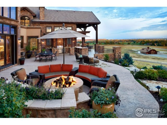 Luxury Country Horse Homes For sale Colorado Longmont CO