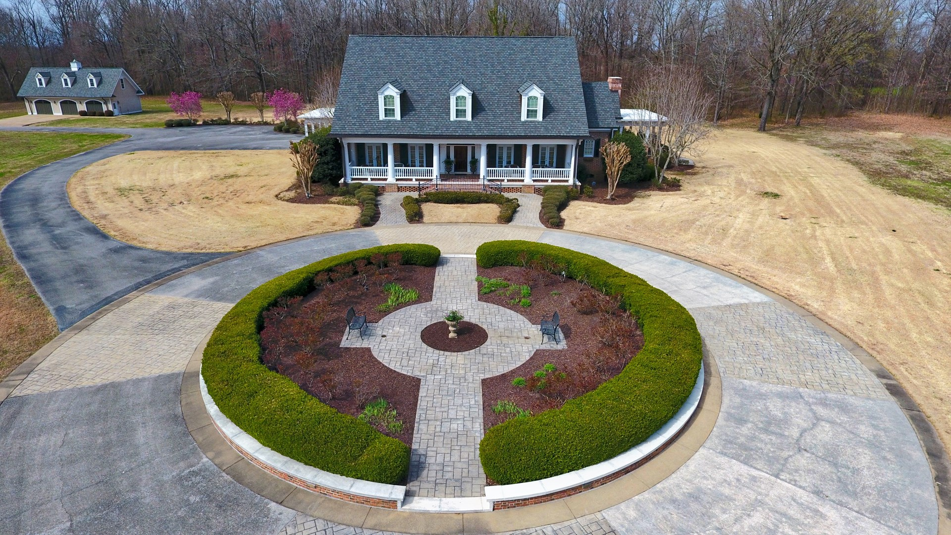 Jackson TN 30 AC Estate for Sale Near USJ & Trinity Schools