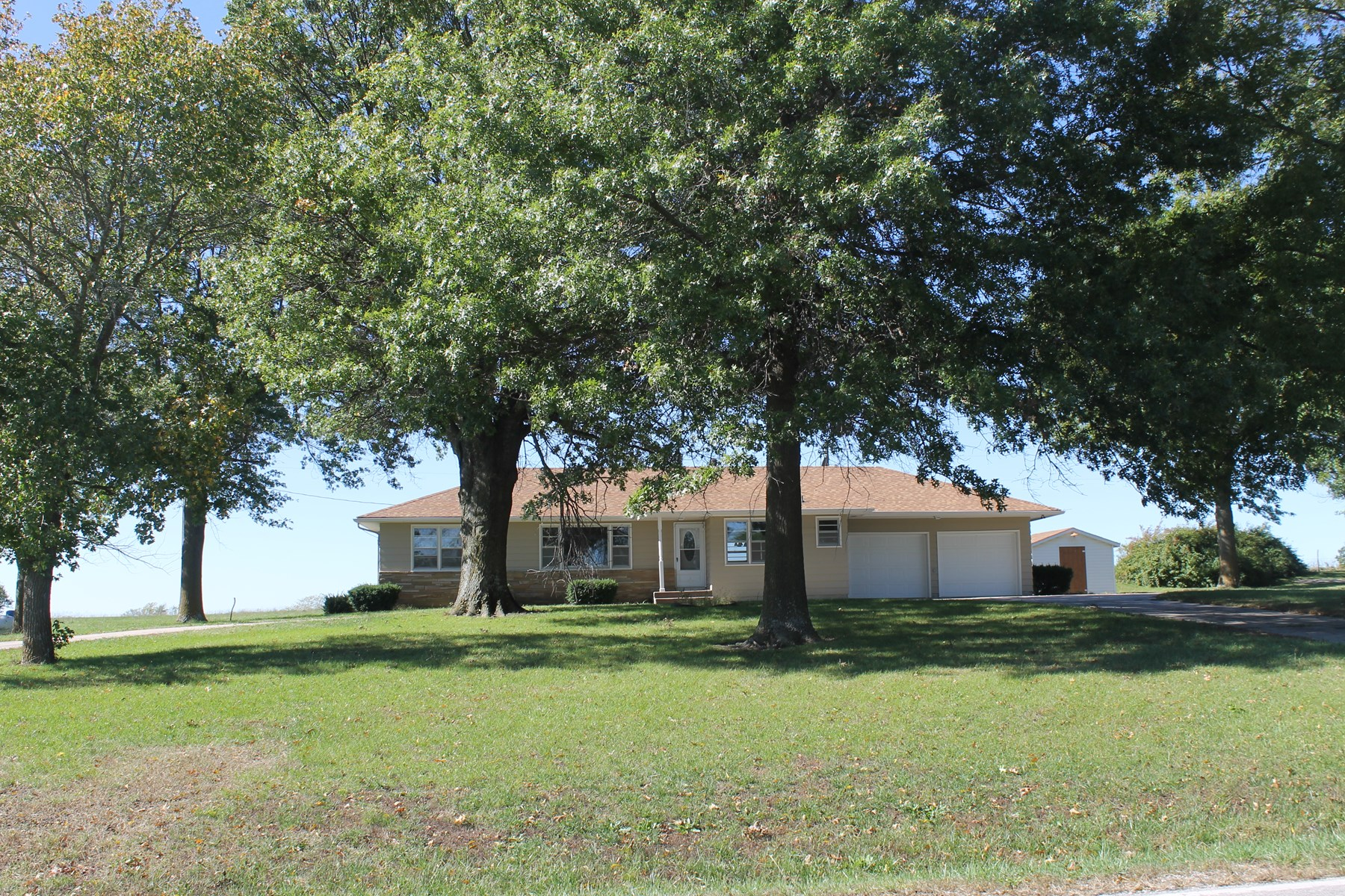 CAMERON MO REMODELED HOME FOR SALE - NEW REDUCED PRICE!