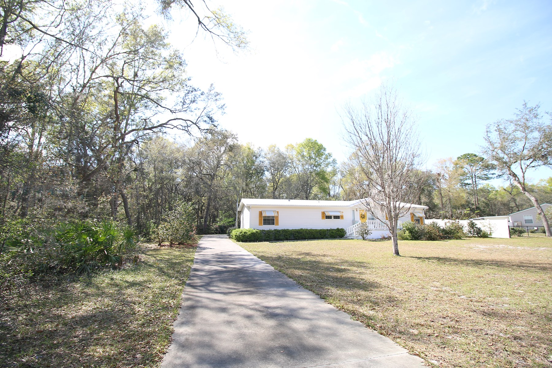 Gorgeous Country Home in Quiet Setting! Fanning Springs, FL