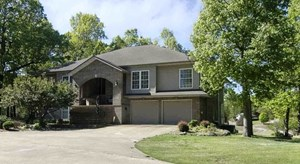 EXECUTIVE HOME ON GOLF COURSE FOR SALE IN ARKANSAS-REDUCED