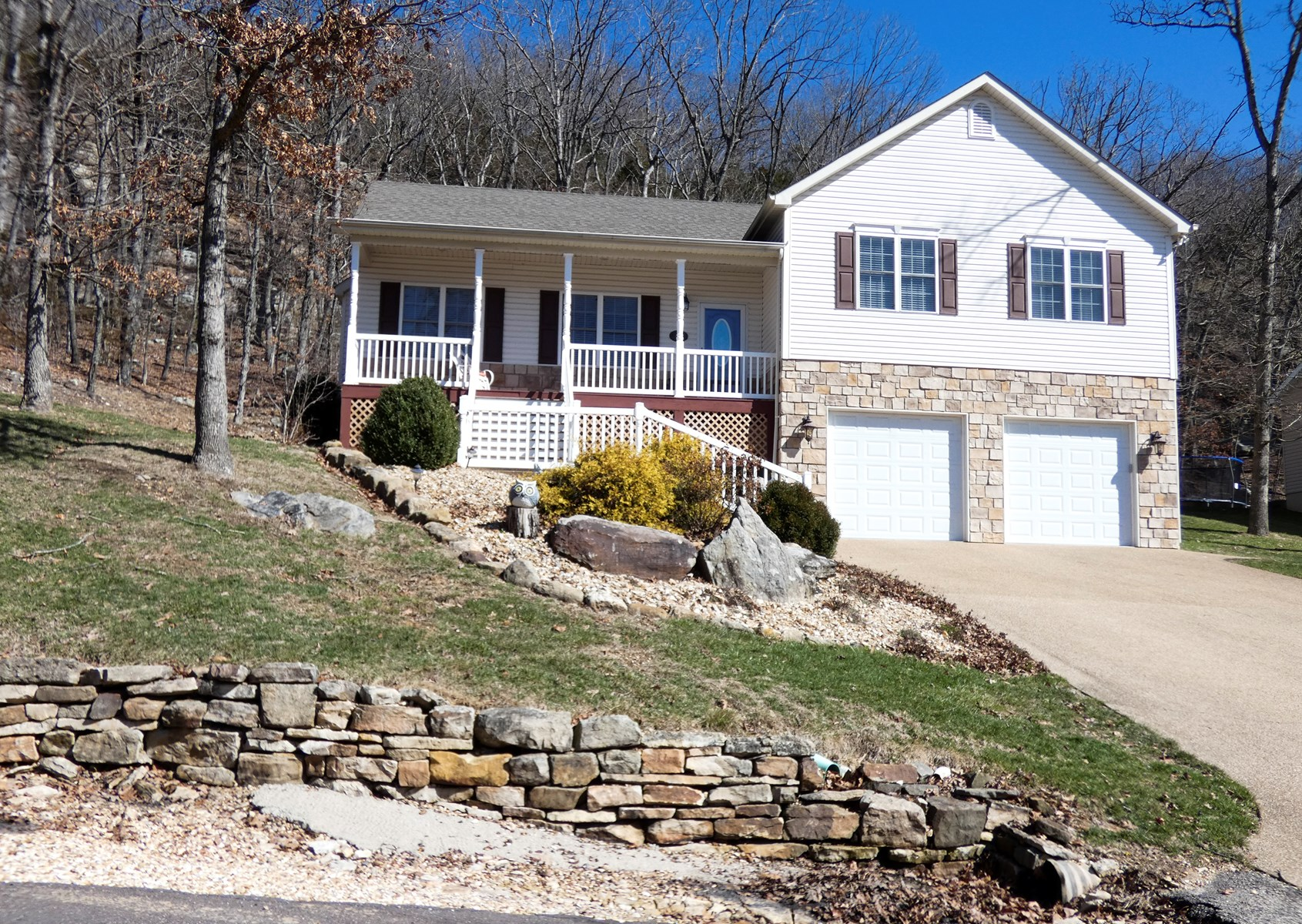 Home with See Tal Lake Access for sale in Hermann, Missouri