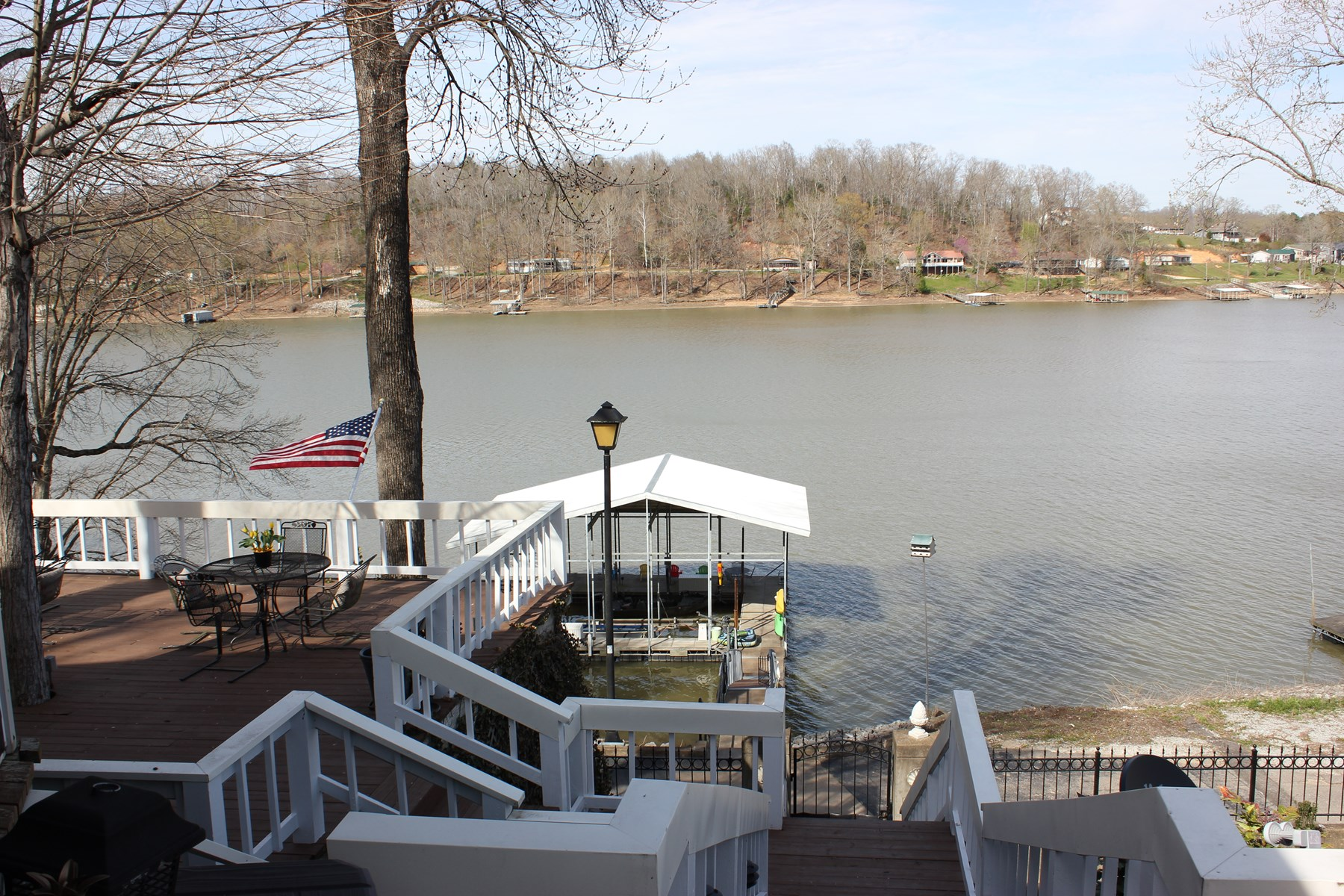 TN River/KY Lake Waterfront Home For Sale