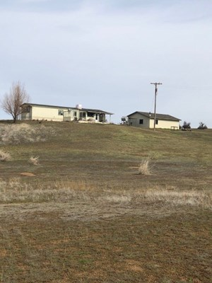 90+/- ACRES WITH HOME FOR SALE IN MODOC COUNTY