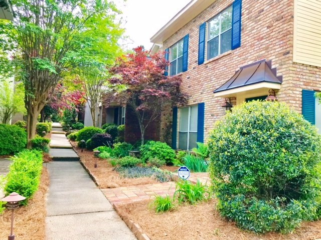 Private Community Townhouse for Sale in Hattiesburg, MS