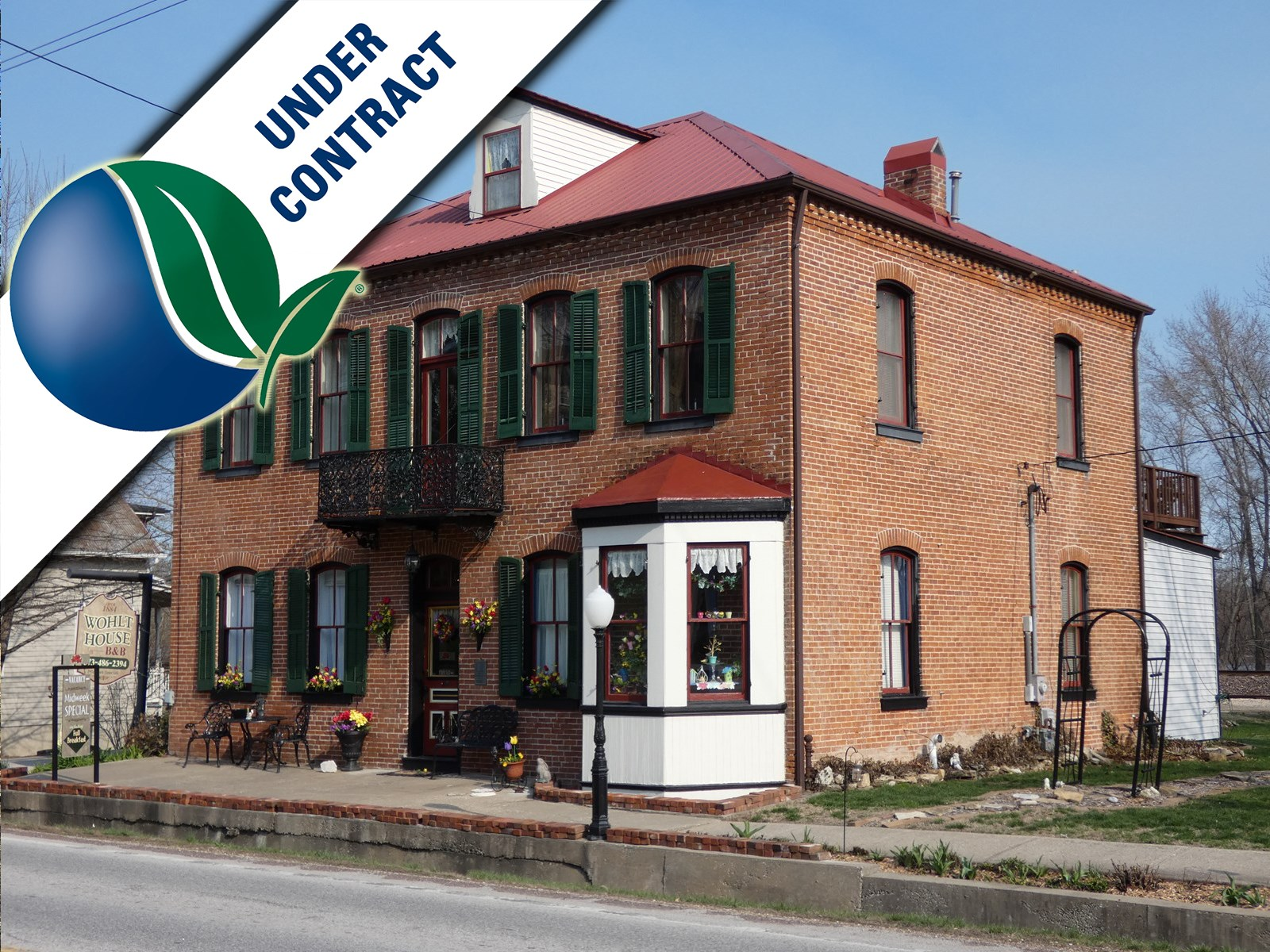 Turn Key B&B For Sale in Historic Hermann, Missouri