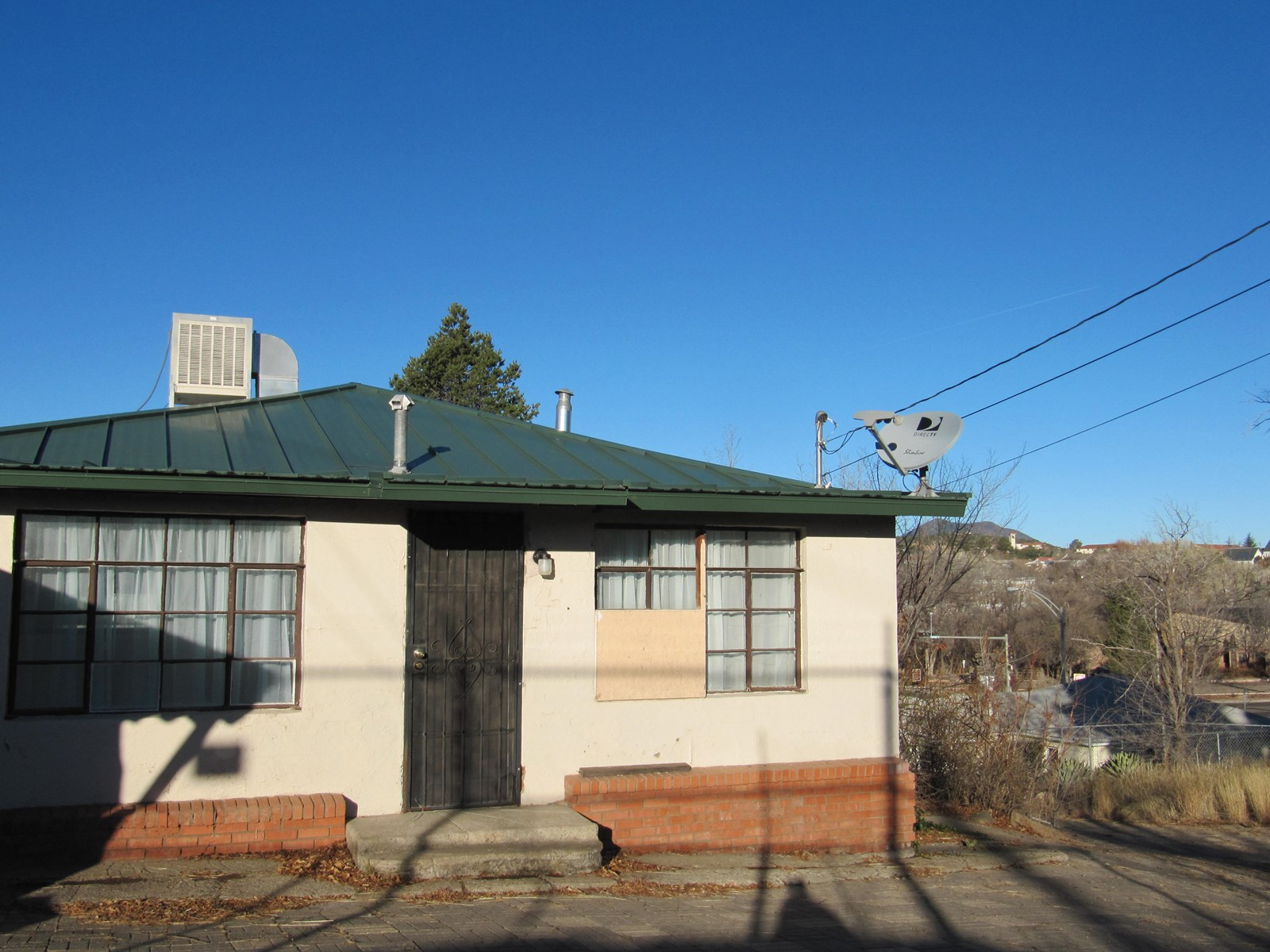 GREAT SILVER CITY VIEWS AND HISTORIC DOWNTOWN ACCESS
