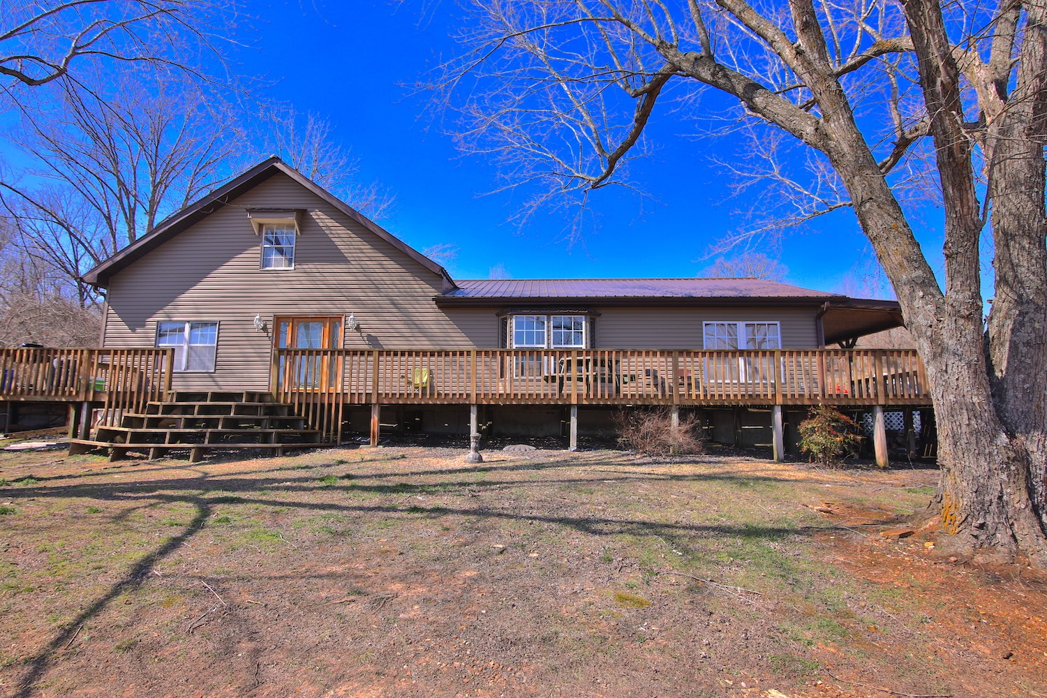 2 Homes With Acreage in Howell County