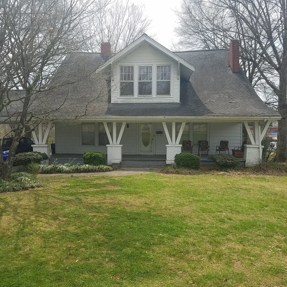 Historic Home in Taylorsville, NC   on Commercial lot!!