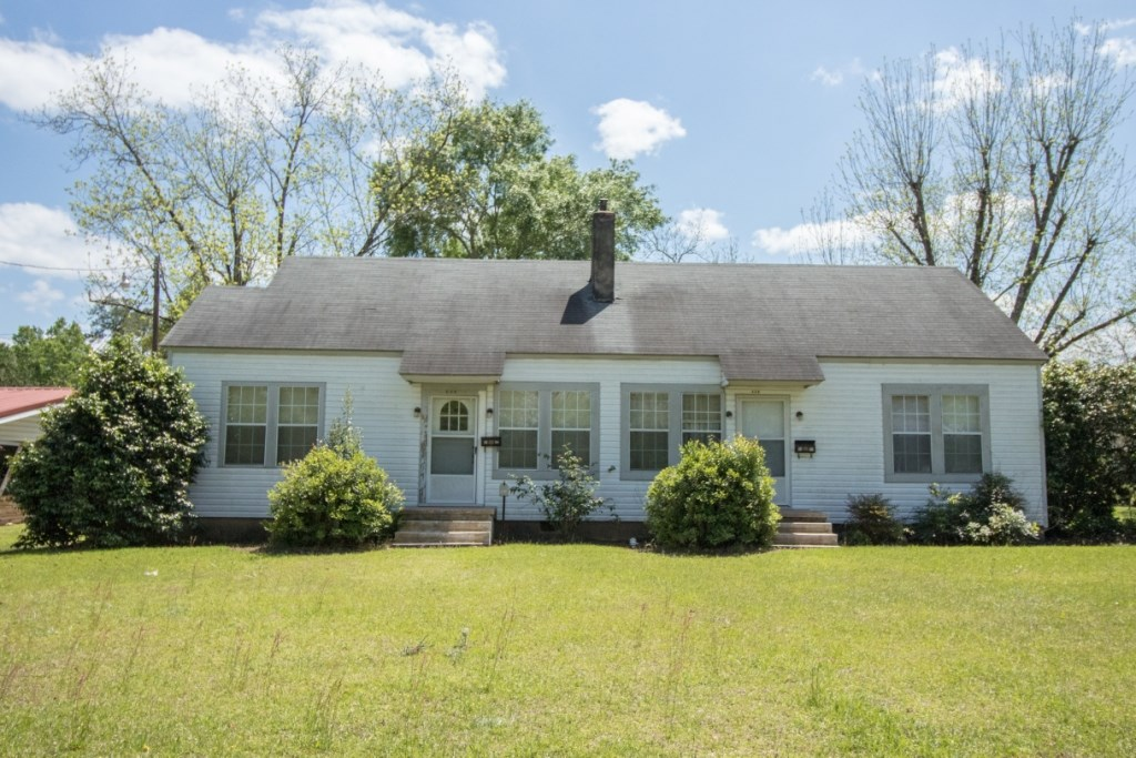 HOME W/ 2 LIVING AREAS FOR SALE IN HARTFORD, ALABAMA