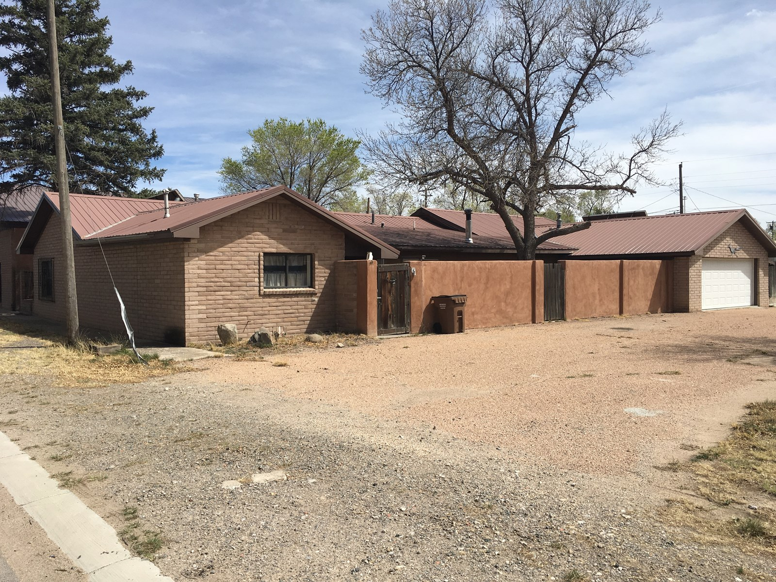 Estancia NM Home For Sale In Town Torrance County