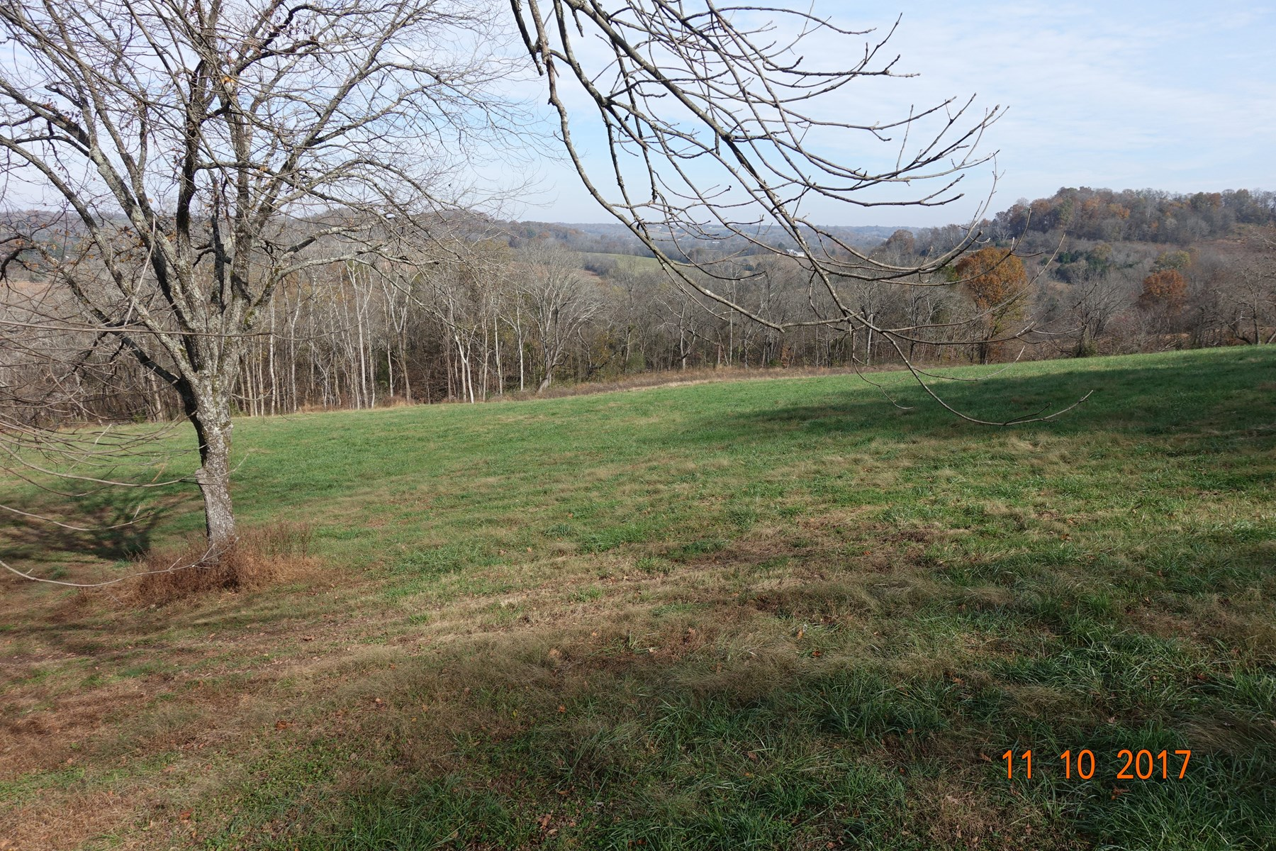 Build Your Dream Home with Views Galore in Middle Tennessee!