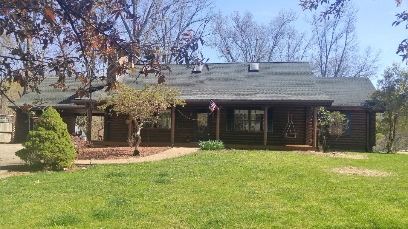 Beautiful Lake Front Log Home For Sale In Abingdon VA