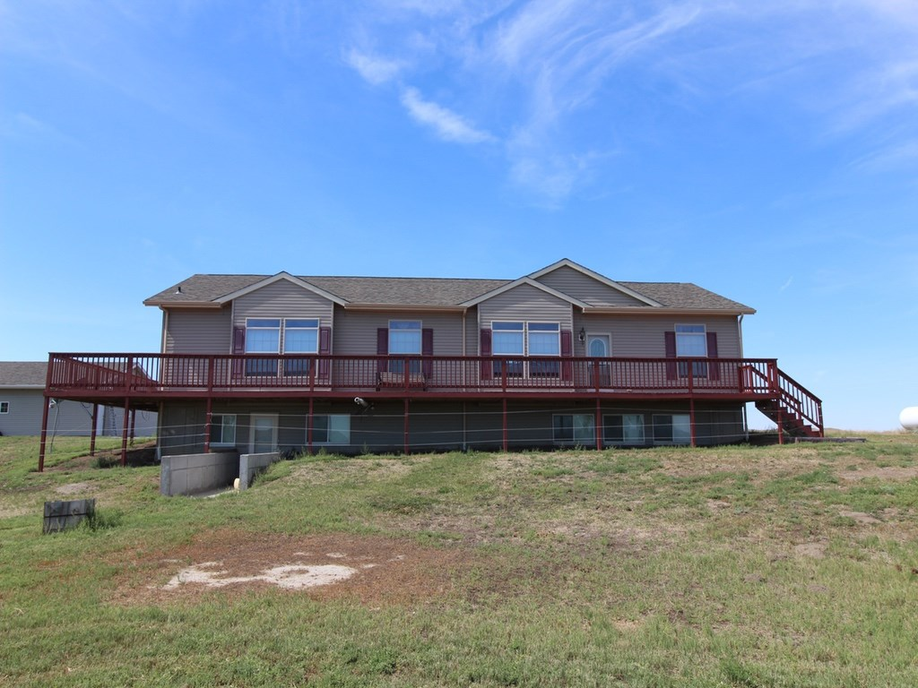 Hobby Farm for Sale in Glendive, MT - Home, Shop on 18 Acres