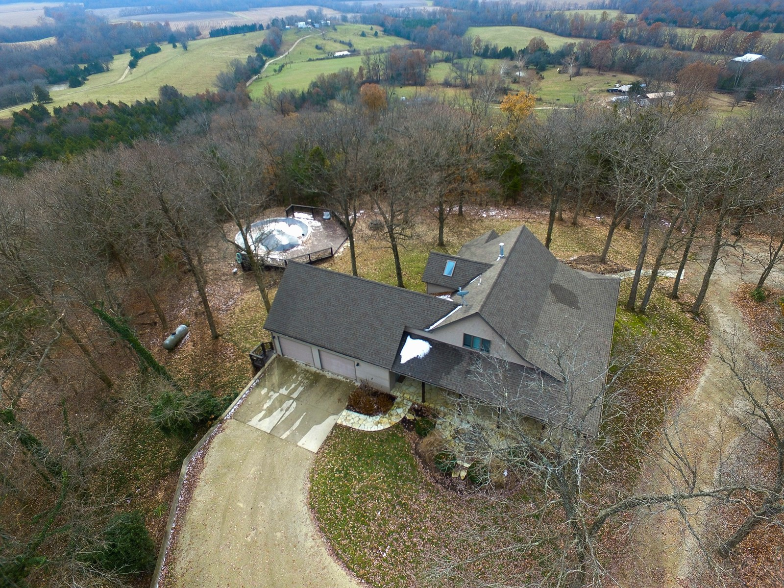 Country Home & Wooded Acreage For Sale in Hermann, MO