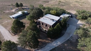 LARGE HOME AND ACREAGE JUST OUTSIDE CITY OF  SAN ANGELO, TX