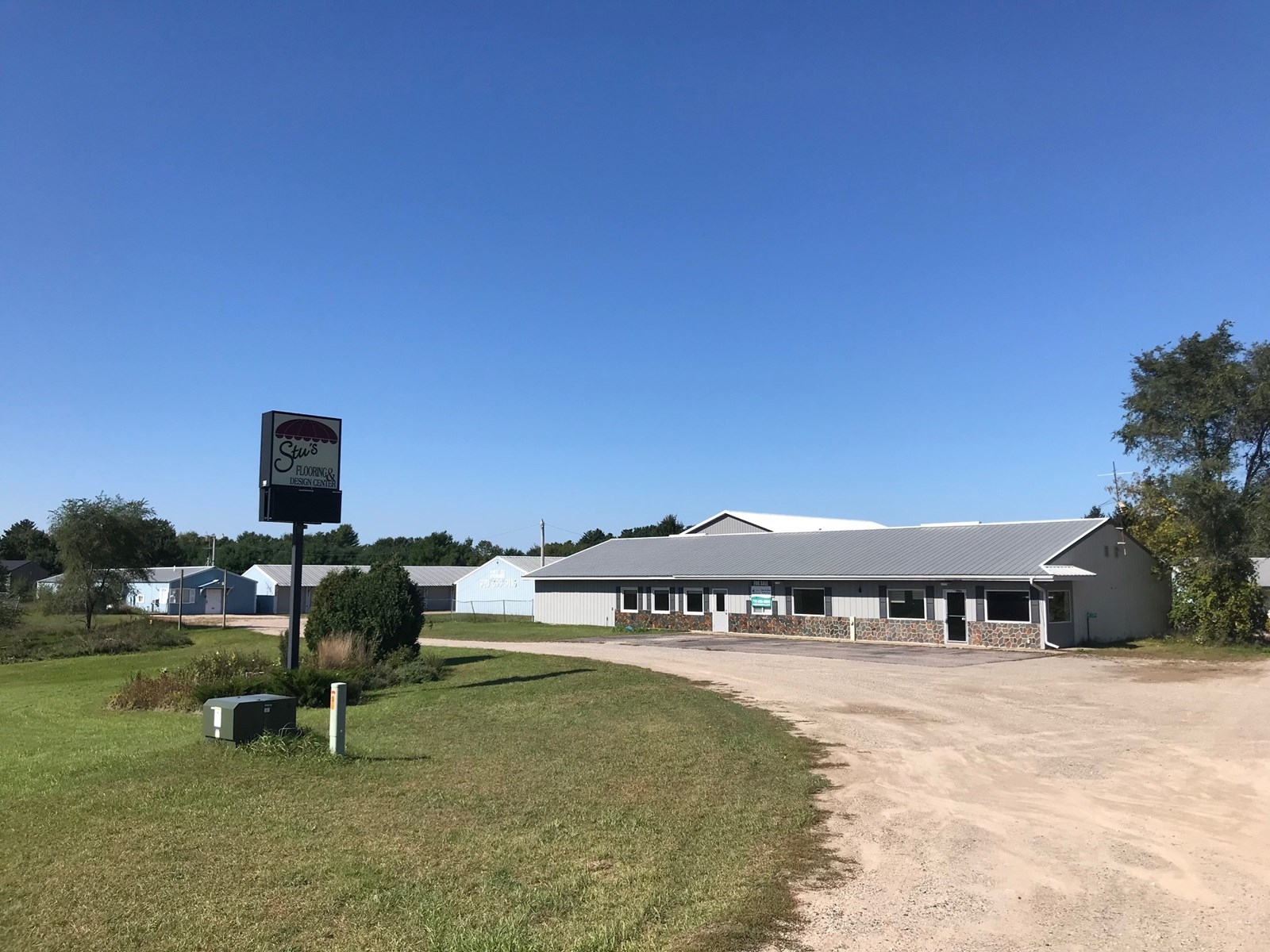 Commercial Property for Sale in Waupaca Near Chain O' Lakes