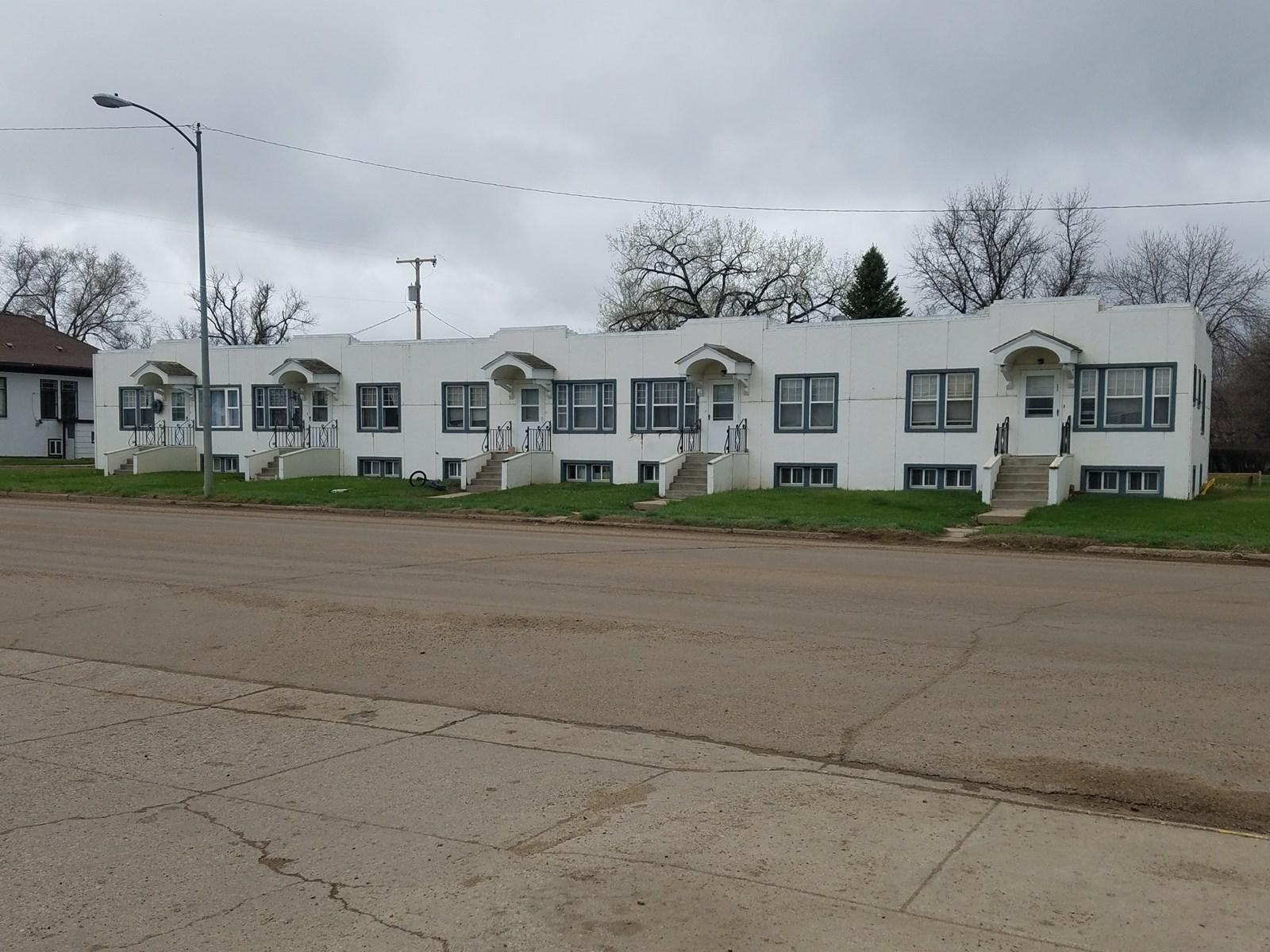 5 Unit Apartment Complex