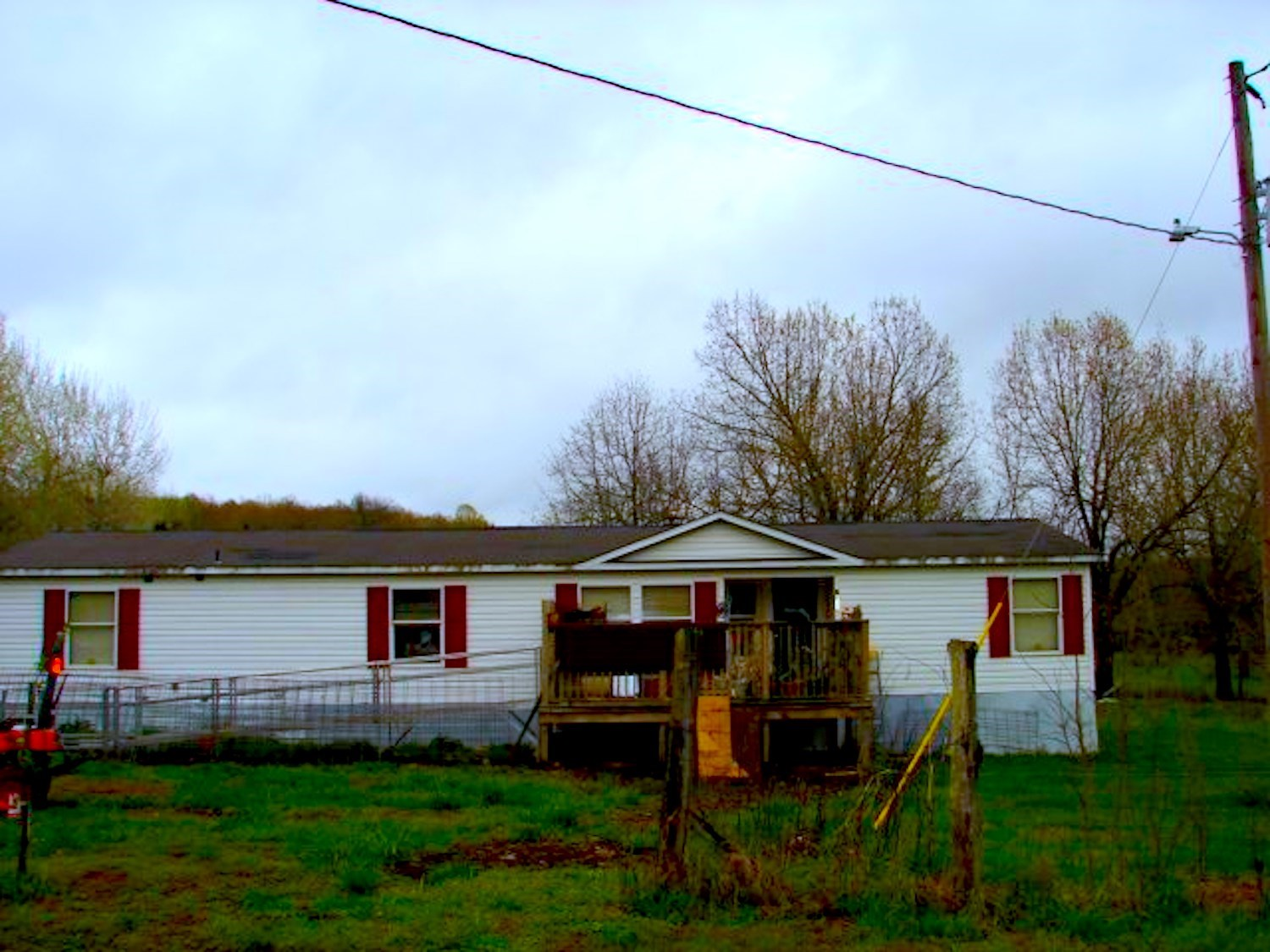 Ozark Hobby farm with Mfg. Home for sale near Salem AR