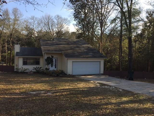 2 Story Home in Willow Oaks, Ozark, Al