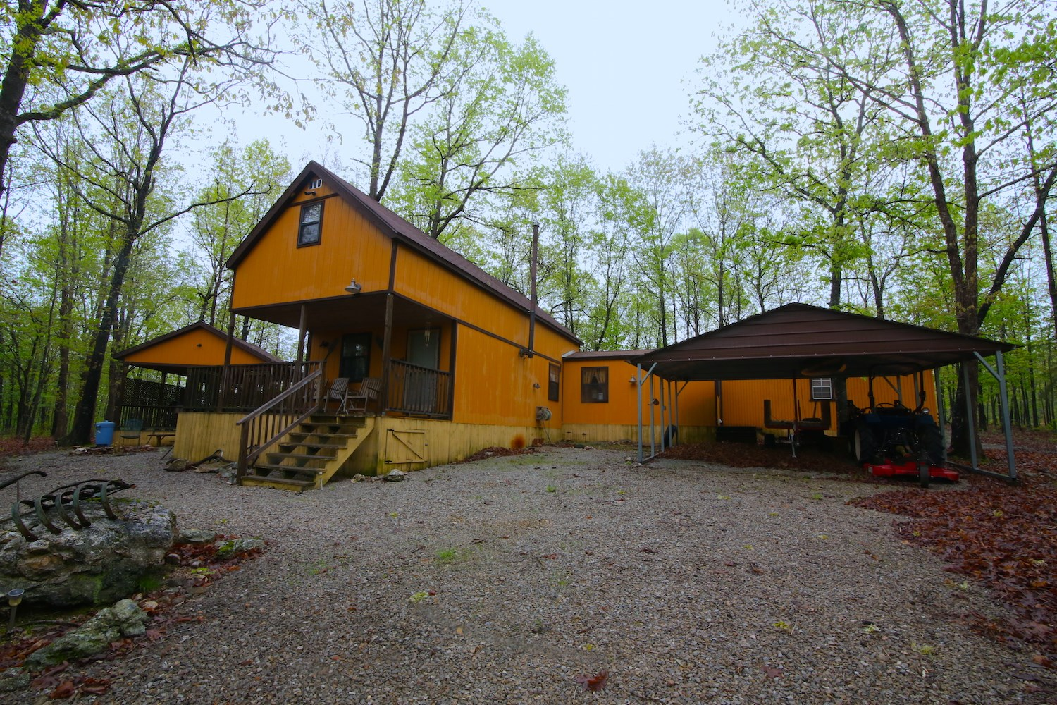 Fully furnished Cabin for sale in the Ozarks