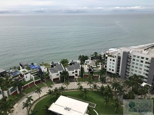 LUXURY CONDO ON THE BEACH FOR RENT  - RIO MAR, PANAMA