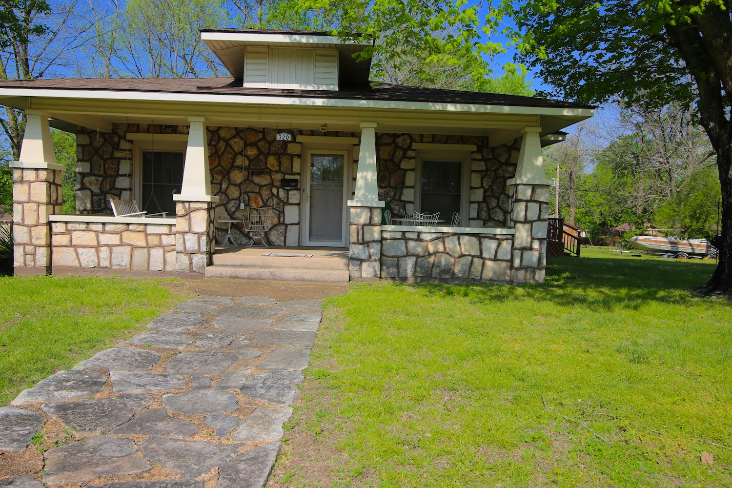 Rock Home for Sale in Thayer, Missouri