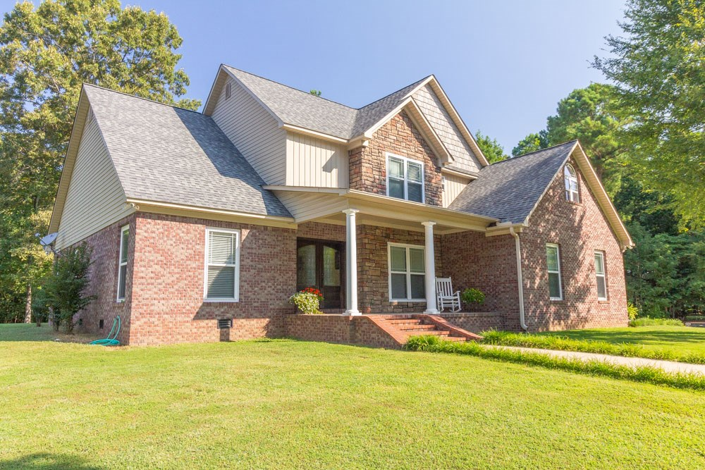 Beautiful Tennessee Home on Over 6 Acres, Eastview, TN