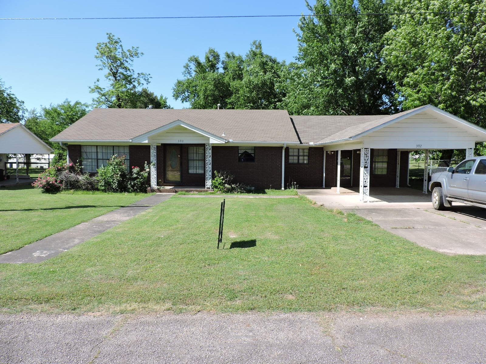 Charming Home In Mansfield AR and Beautiful Sebastion County