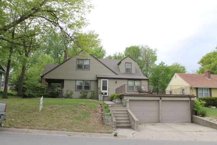 4 BEDROOM HOME LOCATED CLOSE TO NWMSU IN MARYVILLE MO