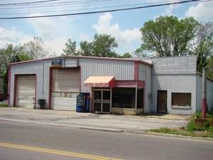 GARAGE BUILDING AND EQUIPMENT ON MAIN STREET, MARION, VA